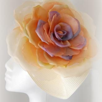 flor de seda y organza