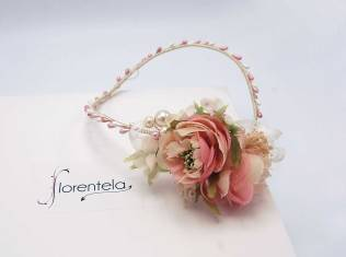 corona_niña_pistilos_flores