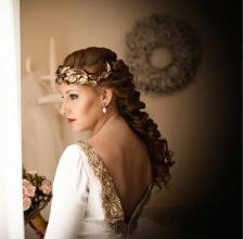 corona-porcelana-novia-invitada