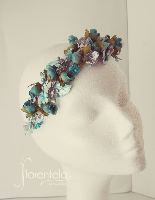 tiara_invitada_flores_porcelana
