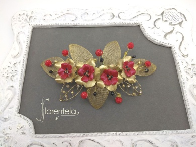 broche-mantilla-granate-dorado