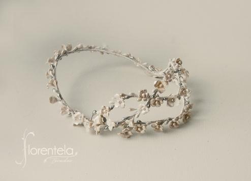 corona-cruzada-porcelana-jpg1