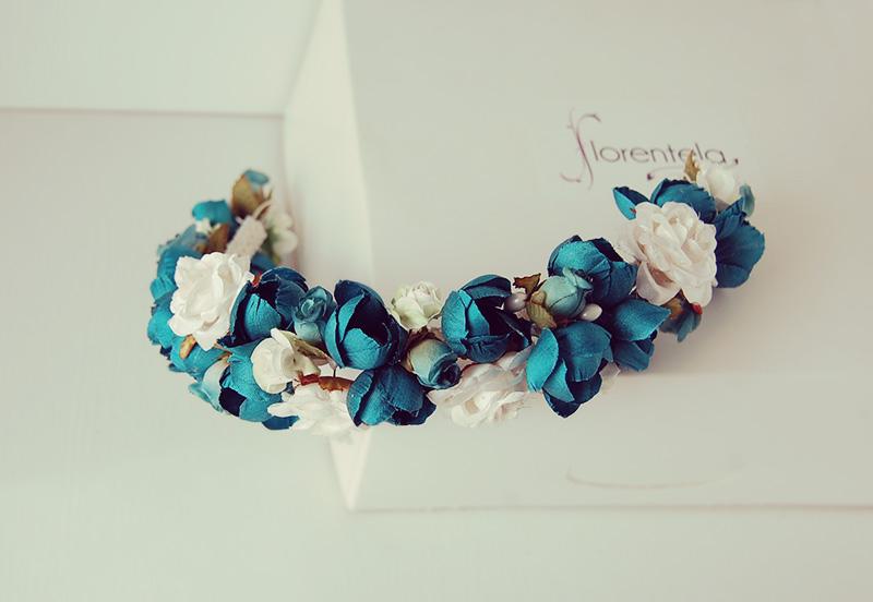tiara_diadema_flores-niña-invitada
