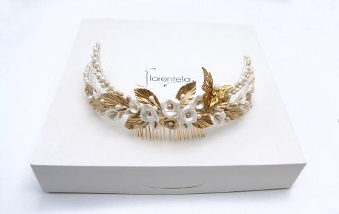 tocado-triple-hilera-porcelana-mariposa