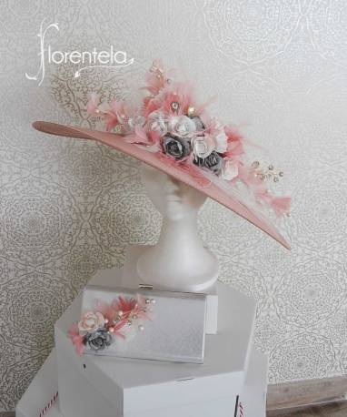 pamela-rosa-plumas-cristal