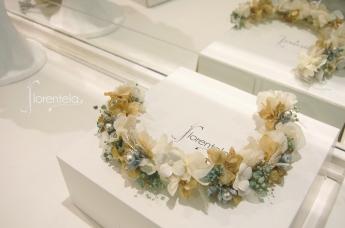 tiara-flores-preservadas-con-metal