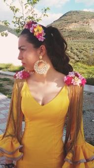 hombreras-flamenca--con-fleco
