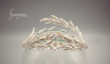 corona-blanca-hojas-olivo.jpg1