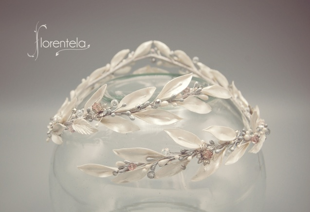 corona-blanca-hojas-olivo
