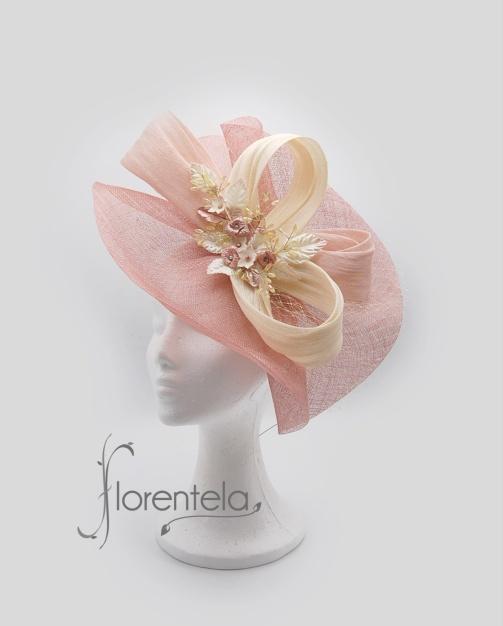tocado-rosa-beige-porcelana-adorno